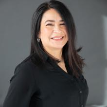 "Diana ""Dee"" Cruz, Cambia Vice President of Consumer Obsession"