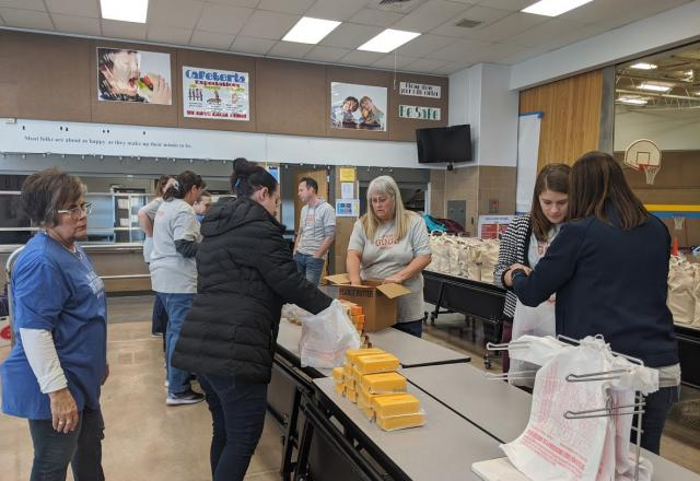 Volunteers at Utah Food Bank